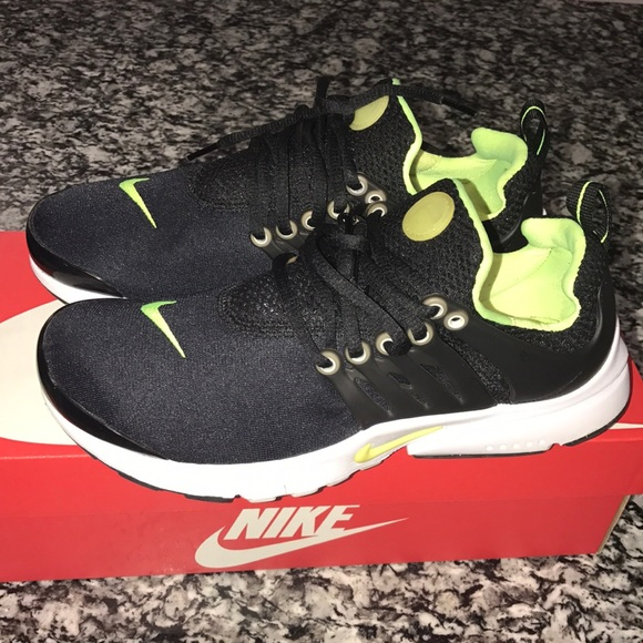 3e218deae6ca Nike Shoes - Nike Presto Size 6y 8 in women s